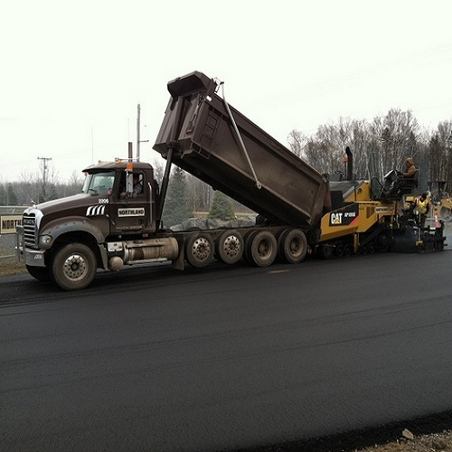 Northland Constructors Paving a major highway